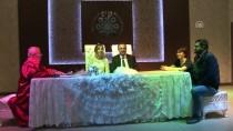 POLİS MEMURU - Polis Gelin, Damadı Nikah Salonuna Kelepçeyle Getirdi