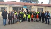KURAL İHLALİ - Salihli'de Öğrenciler Ceza Kesecek