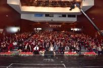 SERDAR TUNCER - Şanlı Tarihin Anlatıldığı Konferansta Salonlar Doldu Taştı