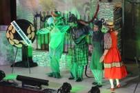 KıRMıZı BAŞLıKLı KıZ - Süleymanpaşa Çocuk Kulübü'nden Minik Sanatseverlere Tiyatro Ziyafeti