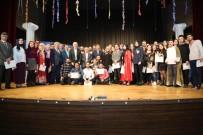 DUMLUPıNAR ÜNIVERSITESI - 'Vazomatik' Tiyatroseverlerle Buluştu