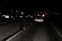 112 ACİL SERVİS - Yatağan'da Trafik Kazası Açıklaması 3 Yaralı