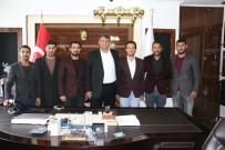 SURİYE - AK Partili Gençler Başkan Ayhan'ın Yanında
