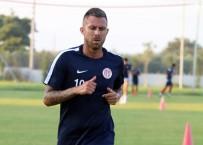 KASIK FITIĞI - Antalyaspor'da Menez Beklenenden Uzak Kaldı
