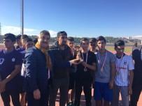KIZ ÖĞRENCİLER - Atletizm Kros Yarışmasında Sincik' Ten Büyük Başarı