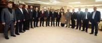 PSIKOLOJI - Başkan Karaosmanoğlu, Dadaşları Ağırladı