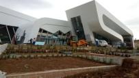 KÖRFEZ - Çayırova Yarı Olimpik Yüzme Havuzu'nda Sona Doğru