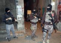 DİYARBAKIR EMNİYET MÜDÜRLÜĞÜ - Diyarbakır'da 900 Polis Ve Dedektör Köpeklerle Asayiş Uygulaması