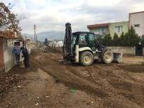 ÇARıKLAR - Germencik Belediyesi Yol Yapımına Yoğunlaştı