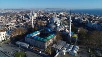 MİMAR SİNAN - Restorasyonu Süren Beyazıt Camii Havadan Görüntülendi