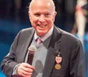BEYİN KANSERİ - Senatör Mccain'nin Kanser Tedavisi Gördüğü Açıklandı