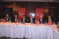 YAKUP KARACA - Yerel Gazetelerin Yapısal Sorunları Ve Dijital Dönüşümleri Aydın'da Konuşuldu