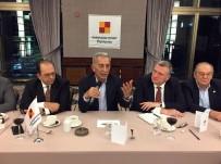 DUYGUN YARSUVAT - Adnan Polat Açıklaması 'Galatasaray'da Hırsızlıklar Masaya Konmadan Galatasaray'ın İyileşeceğine İnanmıyorum'