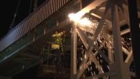 METRO DURAĞI - Altunizade'de Yaya Üst Geçitleri Kaldırılıyor