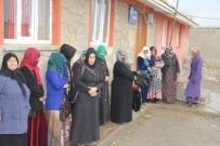 KANSER TARAMASI - Başkale'de Bin 100 Kadın Kanser Taramasından Geçirildi