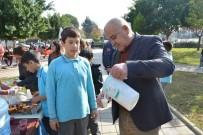 HASAN KARAÇELİK - Başkan Karaçelik'ten Yerli Malı Haftası İkramı