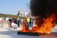 YANGIN TÜPÜ - Buca'da Uygulamalı Yangın Eğitimi