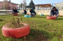 KAYAHAN - Çöpe Gidecek Lastiklerle Yurtlarını Güzelleştirdiler
