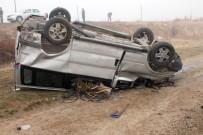 Elazığ'da Minibüs Şarampole Yuvarlandı Açıklaması 3 Yaralı