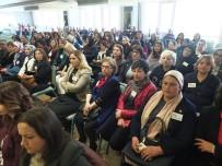 EN YAŞLI KADIN - Kadın Muhtarlar Akademisi Bandırma'da Başladı