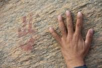 BENZERLIK - Madran Dağı'nda Yeni Kaya Resimleri Bulundu