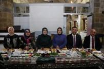 İSLAM BIRLIĞI - Niğde Belediye Başkanı Özkan, Kadın Kolları Üyeleriyle Bir Araya Geldi