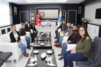 MUSTAFA DOĞAN - Ödüllerini Rektör Karacoşkun İle Paylaştılar
