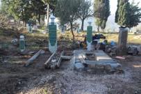Osmanlı Döneminden Kalma Mezarlar Restore Ediliyor