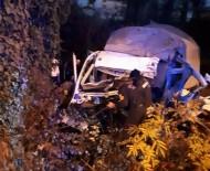 SAKARLı - Samsun'da Trafik Kazası Açıklaması 1 Ölü, 1 Yaralı
