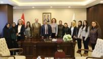 ÖĞRENCİ YURTLARI - Üniversite Öğrencilerinden Başkan Atilla'ya Teşekkür Ziyareti