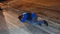 METRO İSTASYONU - Alkollü Sürücü Kaza Yapınca Kendini Yere Attı