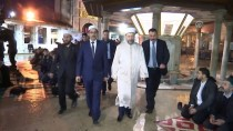 EYÜP SULTAN - Diyanet İşleri Başkanı Erbaş, Sabah Namazını Kıldırdı