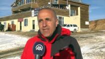 HAFTA SONU TATİLİ - Hakkari'de 2 Bin 800 Rakımda Kayak Keyfi