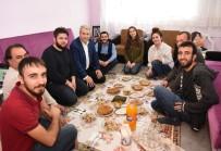 HAYVANCILIK - Rektör Daveti Kırmadı, Öğrenci Evine Gitti