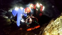 GÖCEK - Yaralıyı Denizde Yüzdürerek Kurtardılar