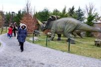 VUSLAT - 80 Binde Devri Alem Parkına 10 Günde 20 Bin Ziyaretçi