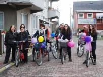 KADIN PLATFORMU - İşçinin 'Tahrik Ediyorsunuz' Dediği Bisikletli Kadınlardan Belediye Başkanı Özür Diledi