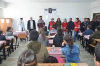 YARDIM PAKETİ - Yüksekova'da Bin 600 Öğrenciye Yardım