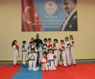 ÖZGECAN ASLAN - Antalya'da 12 Ay Ücretsiz Spor İmkanı