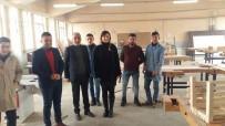 ŞARK KÖŞESI - Başkan Özen'den, Okulu Fabrikaya Dönüştüren Öğrencilere Ziyaret