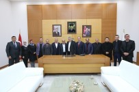ALİ BAŞAR - Başkan Toçoğlu, AK Parti Arifiye İlçe Yönetimiyle Bir Araya Geldi