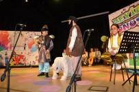 AHMET ÇAKıR - Çocuk Oyuncular Deyimleri Konuşturuyor