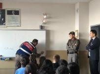 YAYA KALDIRIMI - Jandarmadan Öğrencilere Trafik Eğitimi