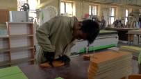 DÖNER SERMAYE - Orta Anadolu'nun Z Kütüphaneleri Kayseri Meslek Lisesi Öğrencilerinden