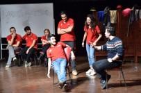 ŞEHİR TİYATROSU - Tiyatro Oyunu Resim Defteri Ve Kitaba Dönüştü