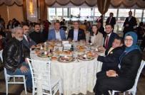 ENGELLİ VATANDAŞ - AK Parti Programında Engelli Bireyler Kahvaltıda Buluştu