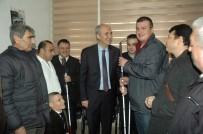 GÖRME ENGELLİ VATANDAŞ - Belediye 50 Engelliye Baston Dağıttı
