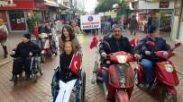 FARKINDALIK GÜNÜ - Engelliler Engelsiz Bir Yaşam İçin Güvercin Uçurdu