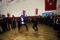 TÜRKIYE MILLI OLIMPIYAT KOMITESI - Gaziantep'te Mülteci Çocuklara Spor Etkinliği