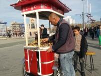 TAKSIM - İstanbullular, Yazdan Kalma Bir Gün Yaşadı
